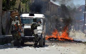 Kashmir troops from Rising Kashmir June 17 2017