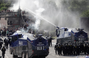 German water cannons at G-20 (AP Photo:Matthias Schrader) July 9 2017