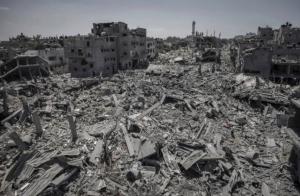 July 26 2014 landscape of the Shuja'iyya residential neighborhood in Gaza City ((Photo by Oliver Weiken:EPA)