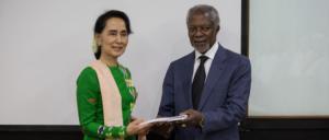 Kofi Annan & Suu Kyi at final report Aug 24 2017