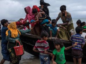 Rohingya at Whaikhyang Bangladesh 8 Sept (Dan Kitwood:Getty Images) Sept 17 2017