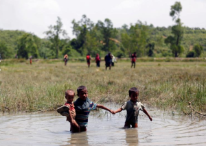Unaccompanied Ro children (REUTERS:Mohammad Ponir Hossain) Sept 18 2017