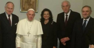 Pope with Zionists (WJC) Oct 30 2017