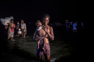 Ro refugee with child (Credit Sergey Ponomarev for The New York Times) Oct 12 2017