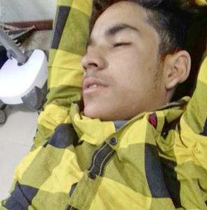 16-yr-old Zahid Ahmad hit with pellets (Kashmir Reader) Nov 25 2017