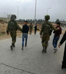 Ahmed, Mohannad Issam, and Mohannad Hamza al-Tamimi being arrested in Nabi Saleh (Palestine Observor) Nov 20 2017
