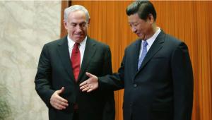 Netanyahu and Chinese president Xi Jinping May 9 2013 (AP)