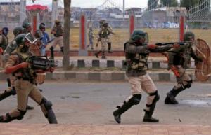 Indian Army in Kashmir Jan 27 2018