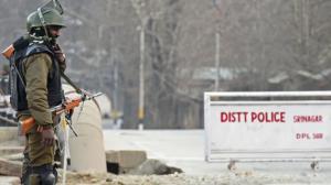 Indian paramilitary guard in Srinagar (Tauseef Mustafa:AFP) Jan 26 2018