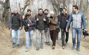 Kashmiri photogs (Faisal Khan) Jan 5 2018)