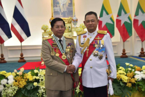 Burmese Sr Gen Min Aung Hlaing & Chief of Defence Force of the Royal Thai Armed Forces Gen. Tarnchaiyan Srisuwan Feb 17 2018 (from FB of Hlaing)