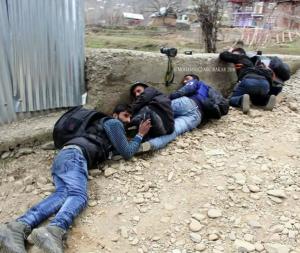 Kashmiri journalists during gunfight in Helmetpora, Kupwara district Mar 21 2018 (Mohammad Abu Bakar)