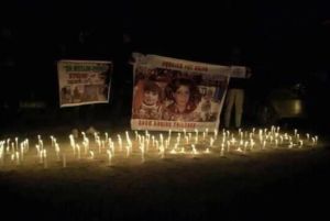 Candle light protest in Srinagar for Asifa & Syrian children March 4 2018