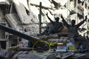 Syrian army at Yarmouk and hanged hands May 30 2018