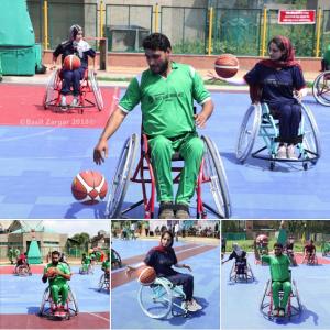 Kashmiri disabled playing ball (Basit Zargar) July 19 2018