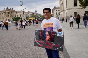 Ro Nay San Lwin protesting Suu Kyi Aug 29 2018